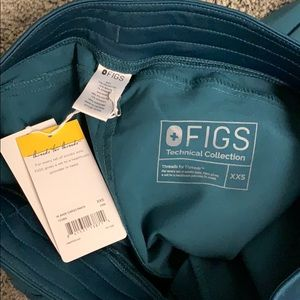 Figs Pants - Figs kade cargo pants brand new with tag